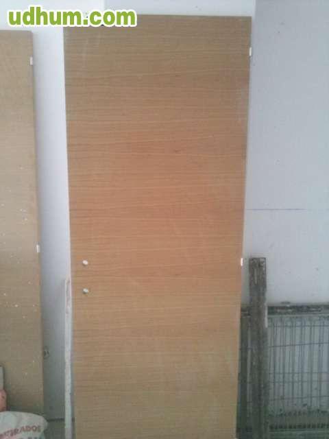 Puertas de madera interior 2 for Puertas acristaladas interior