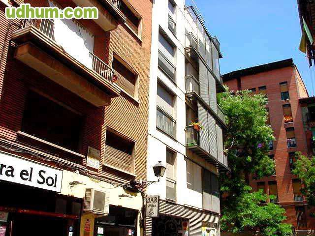 Centro de madrid calle mira el sol 2 for El sol madrid