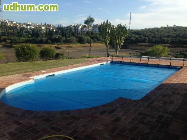 Cobertor isotermico para su piscina for Mp3 para piscina