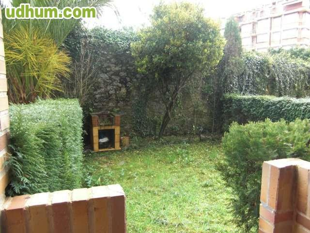 Bajo con jardin 6 for Bajo con jardin majadahonda