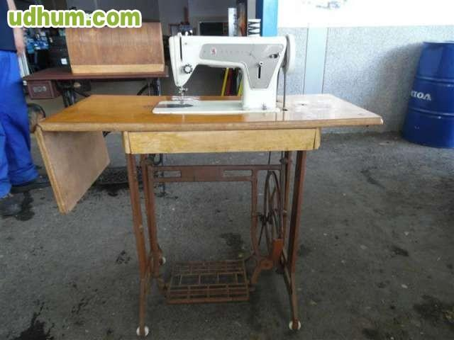 Maquina de coser antigua 47 - Don mueble almendralejo ...