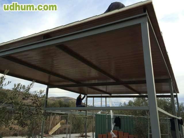 Pergolas y cerramientos panel teja - Casas de panel sandwich ...