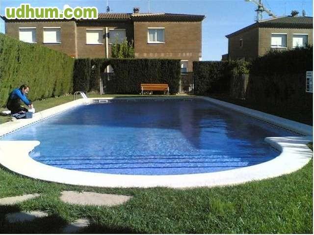Tienes piscina con jardin la cuidamos - Coste mantenimiento piscina ...