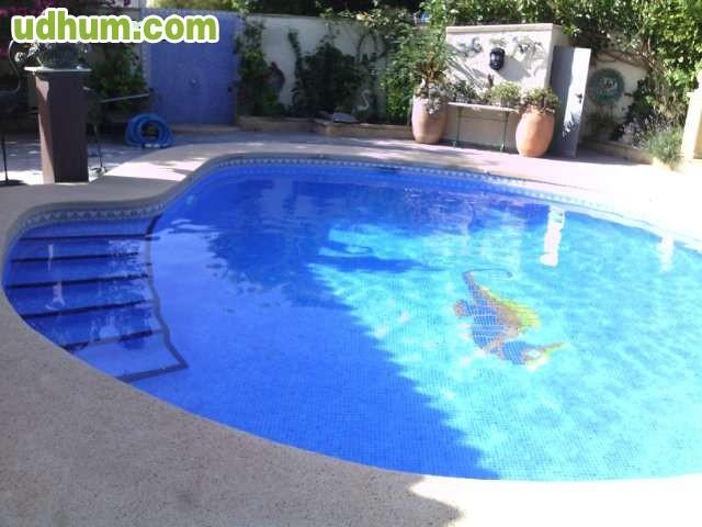 Limpieza de piscinas 2 for Limpieza de piscinas