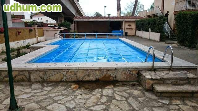 Manta solar termica de burbujas toldo for Toldo piscina precio