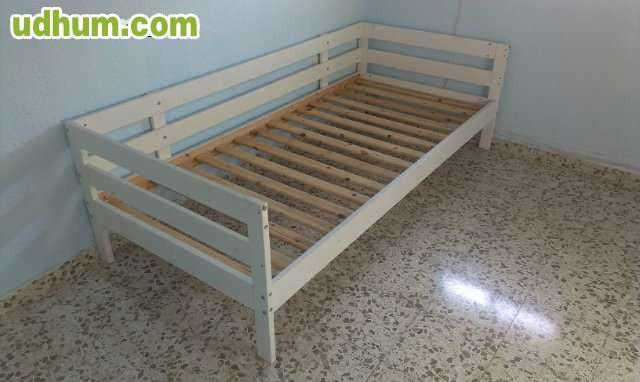 Cama con barandilla buen estado for Busco sofa cama