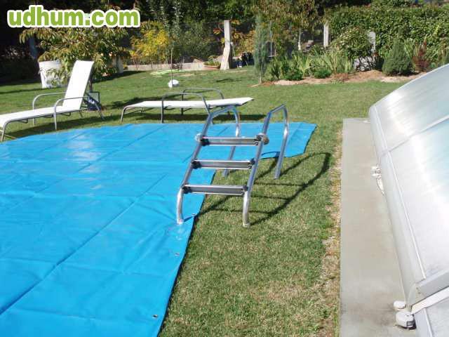 Lona para piscina escalera metalica for Piscina metalica