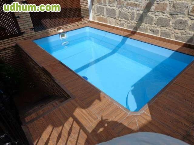 Paslpool piscinas de poliester 3 for Piscinas poliester
