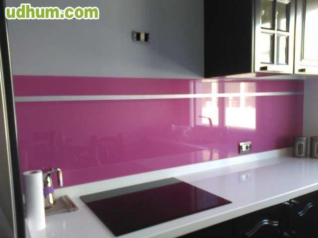 Revestimiento de cristal para cocinas for Revestimiento para cocinas