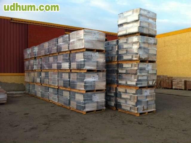 Stocks baratos de gres y azulejos for Restos de azulejos baratos