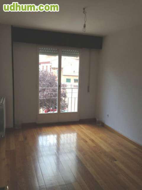 Alquiler piso centro zaratan for Pisos alquiler bertamirans