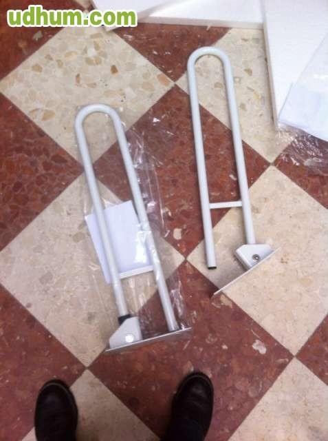 Barra Baño Minusvalidos:Vendo barra de minusválidos abatibles para cuarto de baños nuevas a