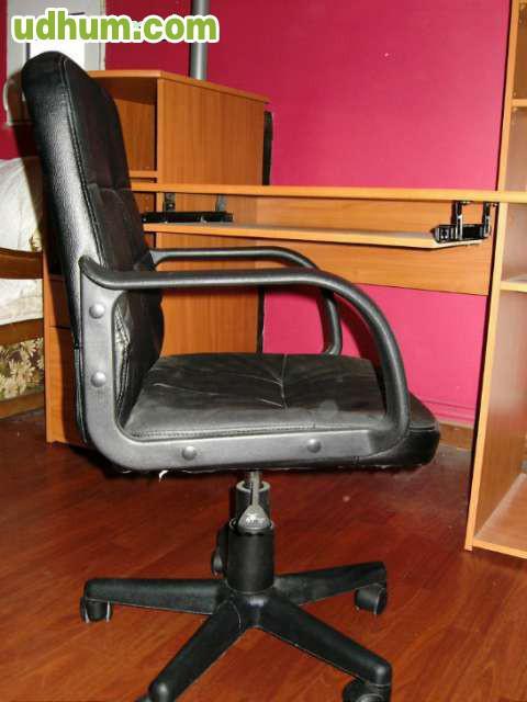 Mesa mueble ordenador y silla de oficina for Mesas y sillas de oficina