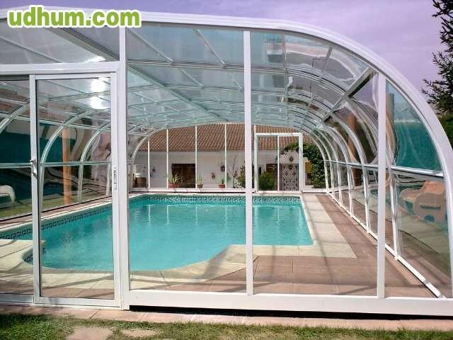 Cubiertas para piscinas 5 for Fotos de piscinas cubiertas