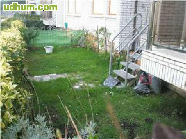 Bajo con jardin 28 for Bajo con jardin majadahonda