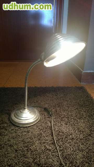 Flexo lampara sobre mesa - Flexo para estudiar ...