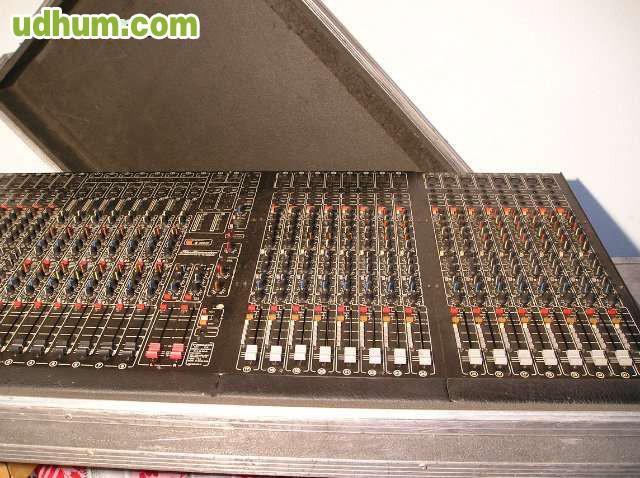 Se vende mesa de mezclas studio master for Mesa de mezclas fonestar