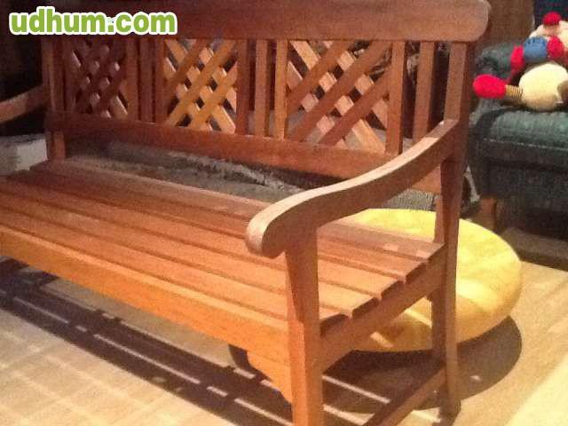 Vendo banco de madera para jardin for Vendo caseta de madera para jardin