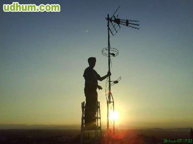 Se ofrece antenista bien barato 2 - Antenista en barcelona ...