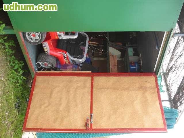 Vendo caseta de hierro for Vendo caseta jardin