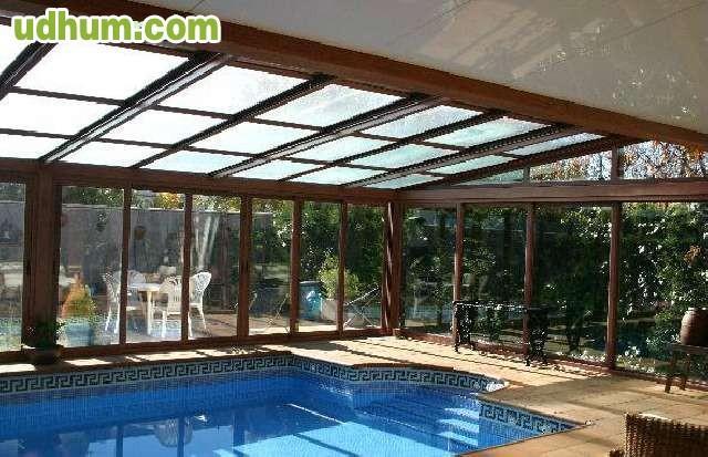 Cerramientos de aluminio tejados moviles for Cubiertas transparentes para techos