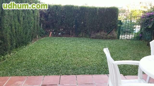 Bajo con jardin privado for Bajo con jardin majadahonda