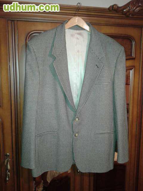 Americana de pura lana for Alfombra 3x4