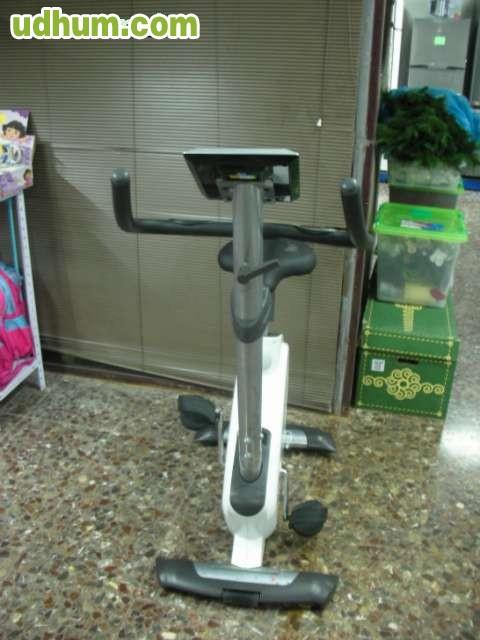 Bicicleta estatica bh fitness nexor plus - Material para hacer ejercicio en casa ...