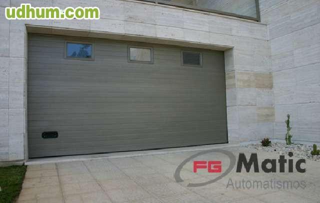 Puerta d garaje seccional 59 m cuadrad - Automatismos para puertas de garaje ...