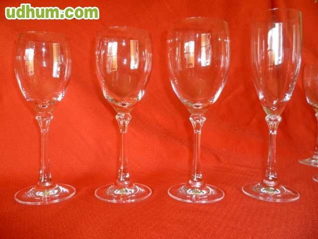 Meria cristaler a 24 copas corte ingles for Cristaleria copas