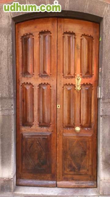 Servicios de carpinteria y restauraci n for Reparacion de muebles antiguos