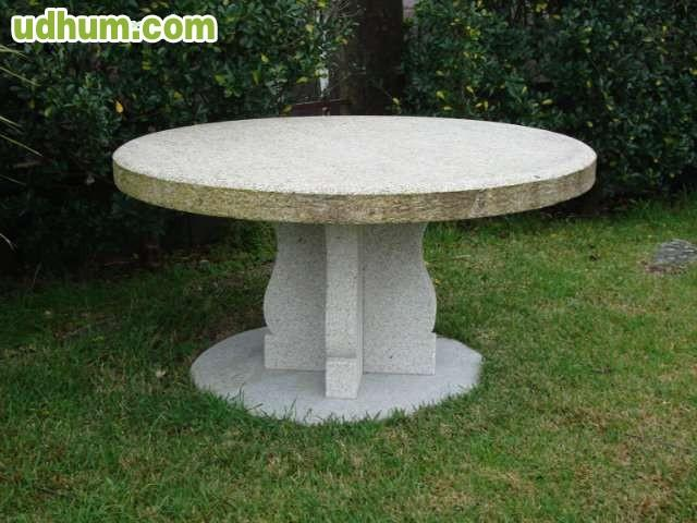 mesas de piedra para exterior