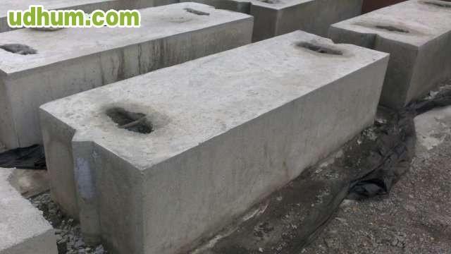 Bloques hormig n para escollera y muro for Bloques de hormigon baratos