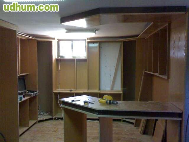 Se ofrece carpintero montador - Montador de cocinas ...