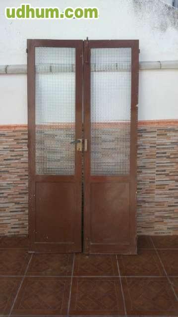 Puertas De Vivienda Antigua