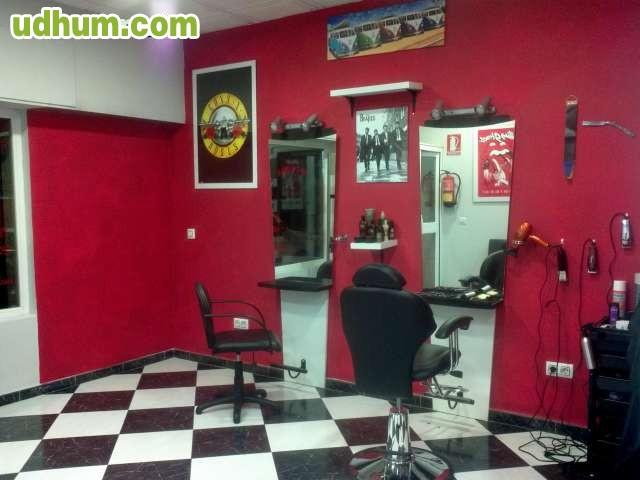 Peluqueria masculina vintage barber for Oficina de empleo fuengirola