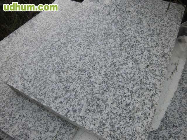 Suelo granito gris interior for Suelo de granito