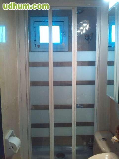 Reforma Baño Caravana: reforma de baño y cocina, aluminio   etc  seriedad y