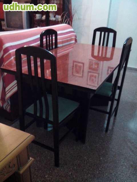 Vendo mueble comedor mesa sillas yecla for Vendo sillas comedor