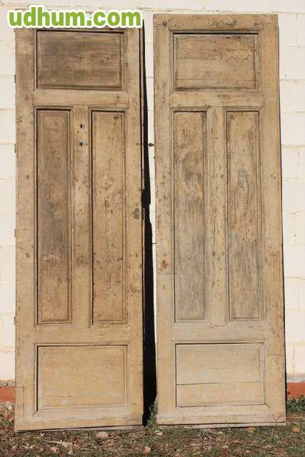 Puerta antigua doble hoja for Puertas dobles antiguas