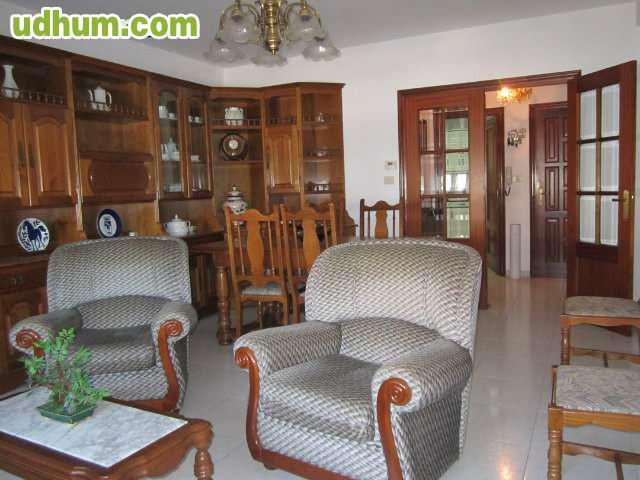 Alquiler piso tres habitaciones for Pisos alquiler bertamirans