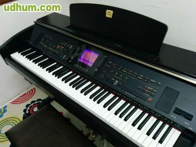 Piano digital yamaha clavinova cvp 303 for Yamaha cvp 303