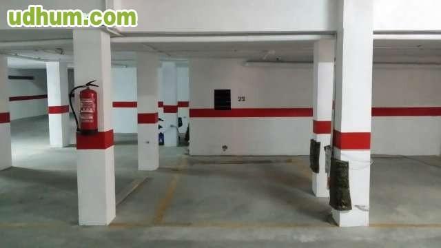 Alquiler plazas de garaje 7 for Anuncio alquiler plaza garaje