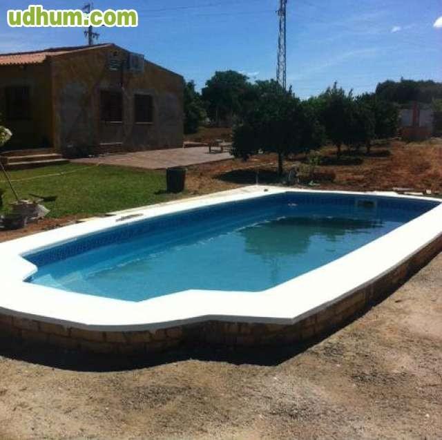 Casco piscina de poliester 8x3 5 cadiz for Piscina ciudad de cadiz