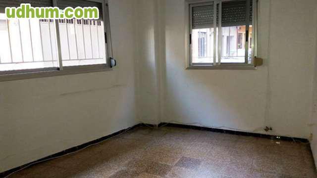 Alquiler de bajo vivienda en catarroja for Piscina cubierta catarroja