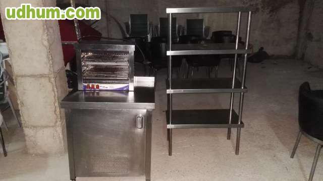 Vendo mobiliario para cafe bar for Mobiliario para cafes