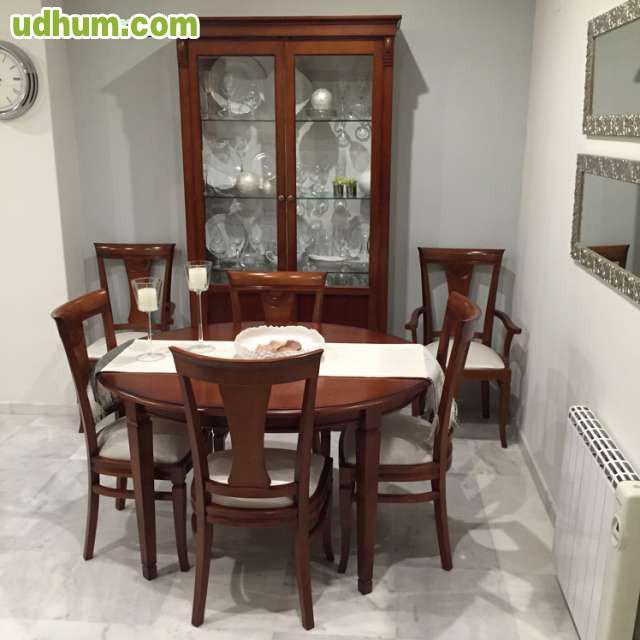 Mesa comedor 4 sillas y 2 sillones for Sillones mesa comedor
