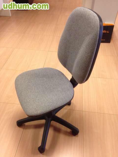 34 sillas grises giratorias con ruedas - Ruedas para sillas giratorias ...