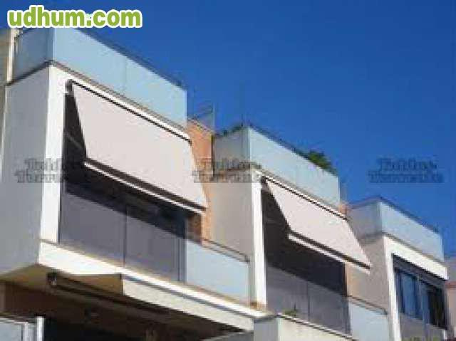 Busco socio a trabajador a limpieza for Toldos para balcones precios