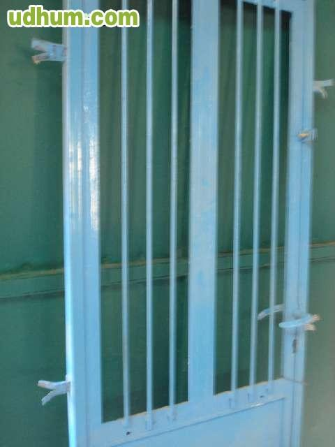 Puerta de entrada de hierro 1 for Puertas de entrada de hierro